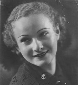 Tille Burland portrait